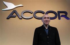 <p>Denis Hennequin, PDG d'Accor, déclare que le premier groupe hôtelier d'Europe est à la recherche d'acquisitions partout dans le monde et n'a pas de limite sur les capitaux. /Photo d'archives/REUTERS/Jacky Naegelen</p>