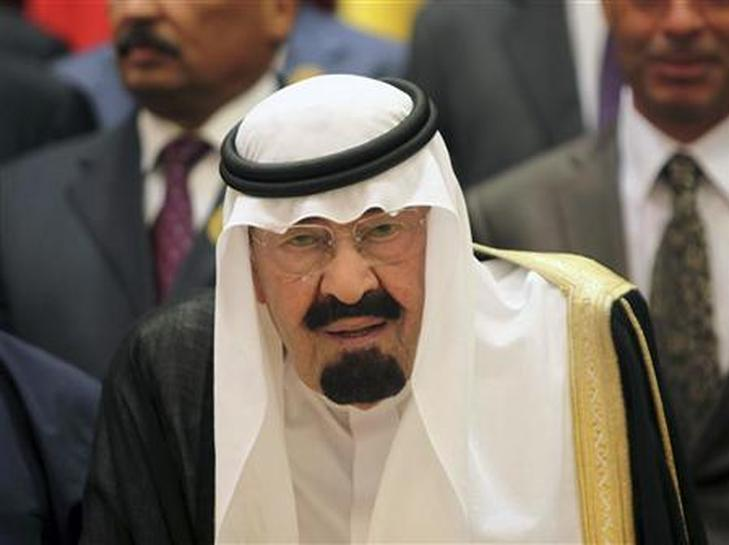 الأسرة الحاكمة بالسعودية تواجه خيار الانتقال للجيل التالي من الحكام Reuters
