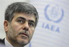"""<p>Foto de archivo del titular de la Organización de Energía Atómica de Irán, Fereydoun Abbasi-Davani, durante una conferencia ministerial sobre seguridad nuclear en Viena. 21 de junio, 2011. REUTERS/Herwig Prammer. Irán continuará enriqueciendo uranio """"con intensidad"""" y la cantidad de centrífugas que tiene operando para ese propósito aumentará sustancialmente en el corriente año, dijo el miércoles el jefe de energía nuclear del país citado por un medio estatal.</p>"""
