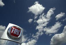 <p>Fiat Pologne, premier constructeur automobile du pays, prévoit de supprimer près de 1.500 postes -soit environ le tiers de ses effectifs- en raison d'une baisse de la demande en Europe. /Photo d'archives/REUTERS/Denis Balibouse</p>