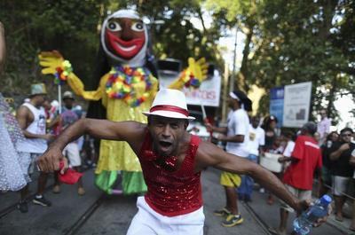 Carnival kicks off