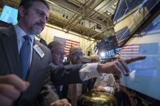 La Bourse de New York a fini en hausse de 0,36% vendredi, le Dow Jones gagnant 58,83 points à 16.323,06. Ces données peuvent encore légèrement varier. /Photo prise le 28 mars 2014/REUTERS/Brendan McDermid