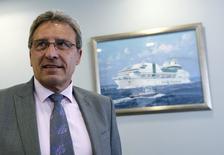 Le président du directoire de la SNCM, Marc Dufour, n'a pas été reconduit dans ses fonctions à la tête de la compagnie maritime en grande difficulté, a-t-on appris de source syndicale. /Photo prise le 24 avril 2014/REUTERS/Jean-Paul Pélissier