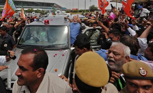 Triumphant Modi in Delhi