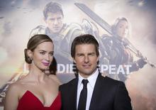 """Cast members Emily Blunt and Tom Cruise arrive for the premiere of """"Edge of Tomorrow"""" in New York May 28, 2014. The movie premiered in three countries in one day.    REUTERS/Carlo Allegri"""