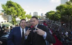 "Cast members Jonah Hill (L) and Channing Tatum pose at the premiere of ""22 Jump Street"" in Los Angeles, California June 10, 2014.  REUTERS/Mario Anzuoni"