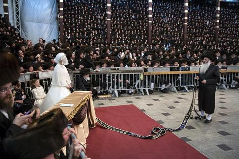An ultra-orthodox wedding