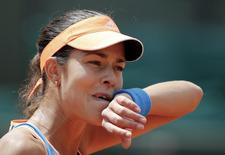 Ana Ivanovic of Serbia reacts during her women's singles match against Lucie Safarova of the Czech Republic at the French Open tennis tournament at the Roland Garros stadium in Paris May 31, 2014.      REUTERS/Stephane Mahe