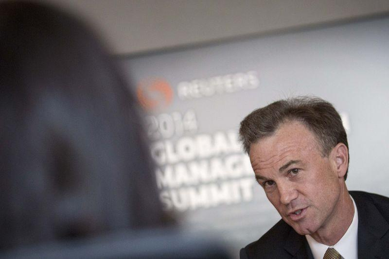 Morgan Stanley hires Mitchell for tailored loans - Reuters