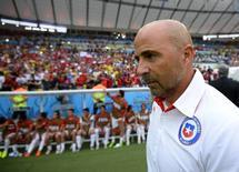 Técnico do Chile, Jorge Sampaoli, durante partida contra a Espanha, no Maracanã, Rio de Janeiro. 18/6/2014 REUTERS/Dylan Martinez