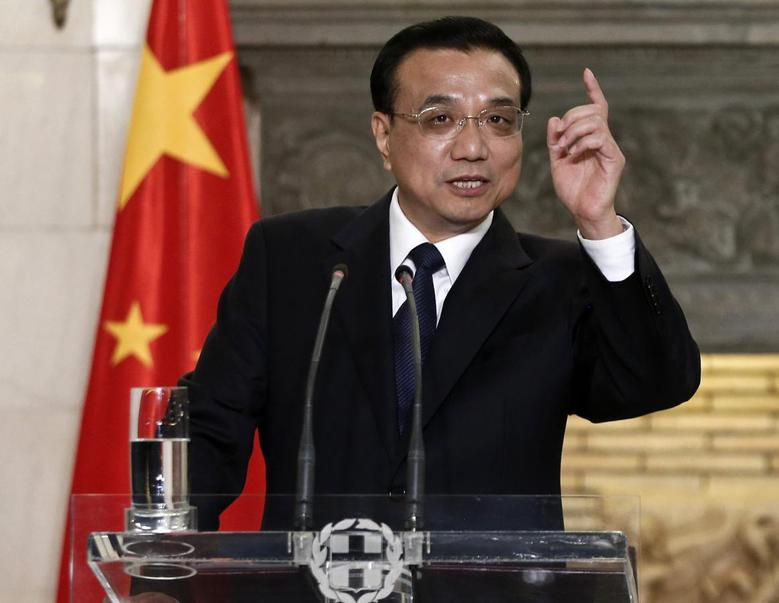 China's Premier Li Keqiang addresses journalists during a joint news briefing with Greek Prime Minister Antonis Samaras (not pictured) in Athens June 19, 2014.  REUTERS/Alkis Konstantinidis