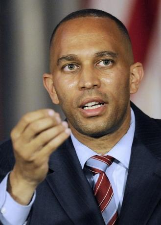 New York Assemblyman Hakeem Jeffries speaks during a news conference prior to New York Governor Andrew M. Cuomo's announcement in Albany, New York June 4, 2012.  REUTERS/Hans Pennink