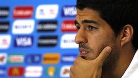 O uruguaio Luis Suárez participa de entrevista à imprensa na Arena das Dunas, em Natal. 23/6/2014.  REUTERS/Carlos Barria
