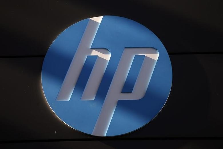 A Hewlett-Packard logo is seen at the company's Executive Briefing Center in Palo Alto, California January 16, 2013. REUTERS/Stephen Lam/Files