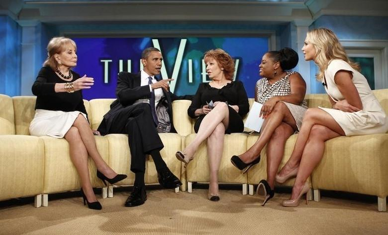U.S. President Barack Obama appears on the daytime TV talk show ''The View'' in New York City July 28, 2010.  From left are Barbara Walters, Obama, Joy Behar, Sherri Shepherd and Elisabeth Hasselbeck. REUTERS/Kevin Lamarque/Files