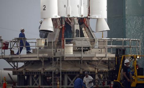 Launch pad glitch delays liftoff of NASA carbon-hunting satellite