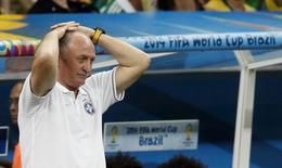Técnico da seleção brasileira, Luiz Felipe Scolari, durante jogo contra a Holanda em Brasília. 12/07/2014. REUTERS/Ueslei Marcelino