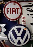 Volkswagen est intéressé par l'achat de Fiat, rapporte jeudi le mensuel allemand Manager Magazin, citant des sources professionnelles anonymes. /Photo d'archives/REUTERS/Ina Fassbender
