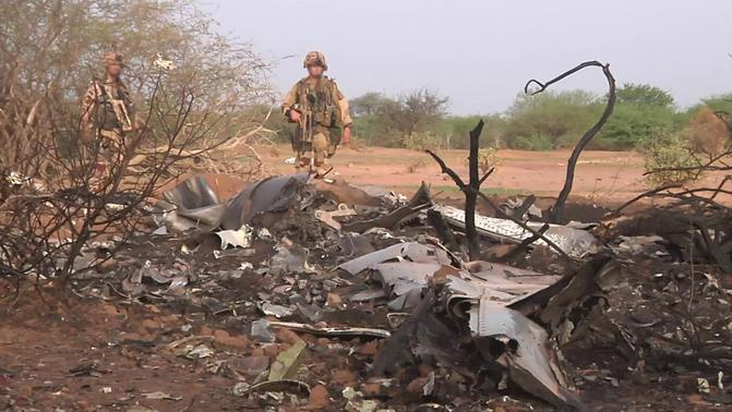 The crash site of Air Algerie flight AH5017 is seen near the northern Mali town of Gossi in this undated handout picture released by ECPAD, the French Army Communication Audiovisual office, on July 25, 2014. REUTERS/ECPAD/Handout via Reuters