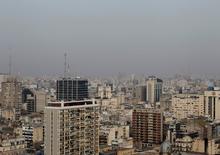 Imagen de archivo de la ciudad de Buenos Aires, jun 9 2011. La actividad de la construcción subió un 0,2 por ciento interanual en junio en Argentina, según la medición desestacionalizada, dijo el jueves el Gobierno en su informe mensual.  REUTERS/Enrique Marcarian