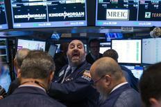Le Dow Jones a gagné 0,10% lundi à la clôture, à 16.569,92, des chiffres susceptibles de varier encore légèrement. /Photo prise le 11 août 2014/REUTERS/Lucas Jackson