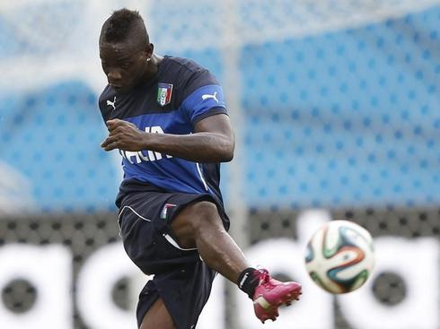 Liverpool gamble on mischief-maker Balotelli to replace Suarez