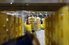 Seulement une entreprise allemande petite, moyenne ou de taille intermédiaire sur six estime que le bras de fer entre les pays occidentaux et la Russie au sujet de l'Ukraine a un impact sur son activité, selon une enquête publiée mardi par le cabinet de conseil EY. /Photo d'archives/REUTERS/Michaela Rehle