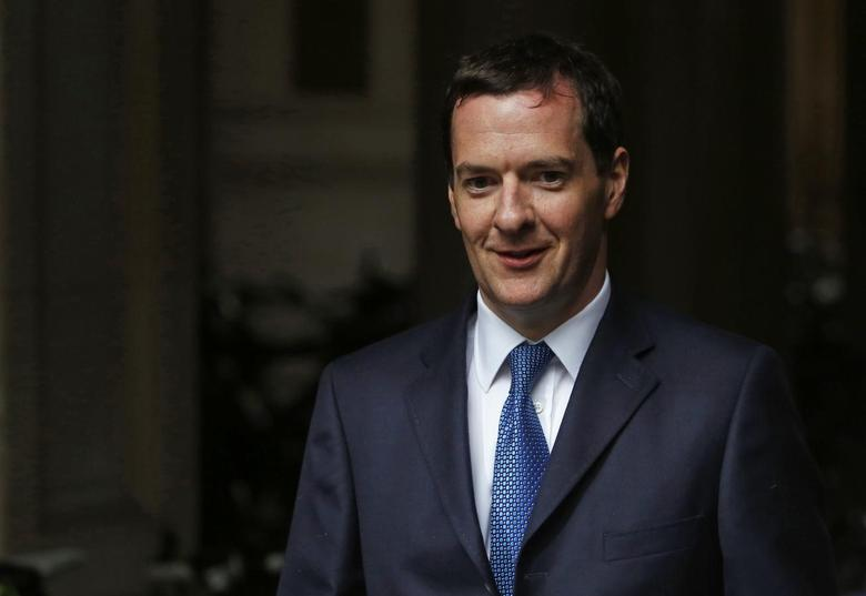 Britain's Chancellor of the Exchequer George Osborne arrives for a meeting at Number 10 Downing Street in London September 1, 2014.   REUTERS/Luke MacGregor