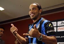 Ronaldinho durante apresentação ao clube mexicano Querétaro.    REUTERS/Henry Romero