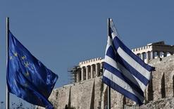 A Athènes. Selon Premier ministre grec Antonis Samaras, le pays va atteindre ses objectifs budgétaires et n'aura pas besoin de demander un troisième plan de sauvetage à la communauté internationale. /Photo prise le 8 janvier 2014/REUTERS/Yorgos Karahalis