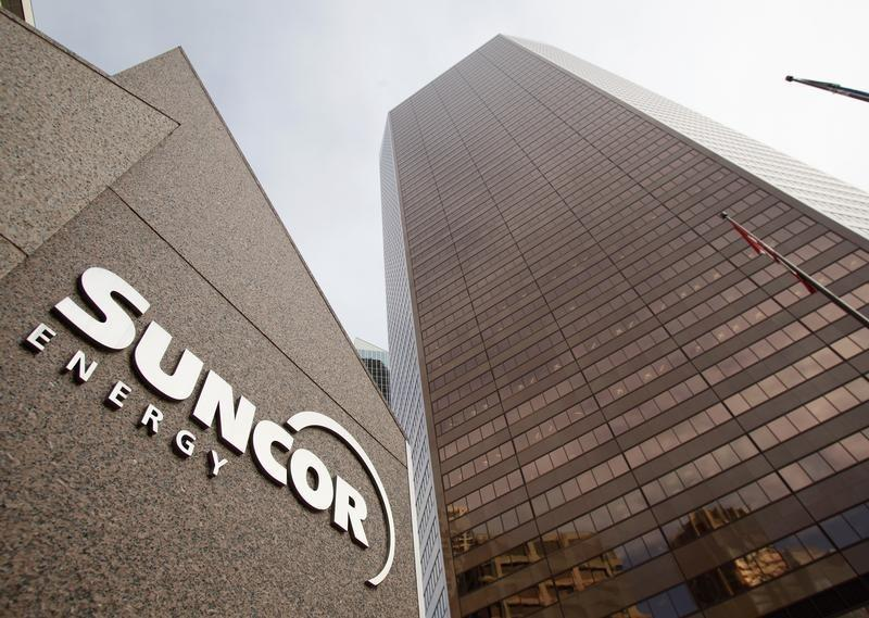 Suncor sends its first tanker of Western Canada heavy crude