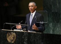 Президент США Барак Обама выступает на сессии Генеральной Ассамблеи ООН в Нью-Йорке 24 сентября 2014 года. Президент США Барак Обама пообещал снять санкции с России, если Москва будет придерживаться дипломатического пути урегулирования украинского конфликта. REUTERS/Kevin Lamarque