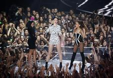 "Nicki Minaj, Jessie J and Ariana Grande perform ""Bang Bang"" on stage during the 2014 MTV Video Music Awards in Inglewood, California August 24, 2014. REUTERS/Lucy Nicholson"
