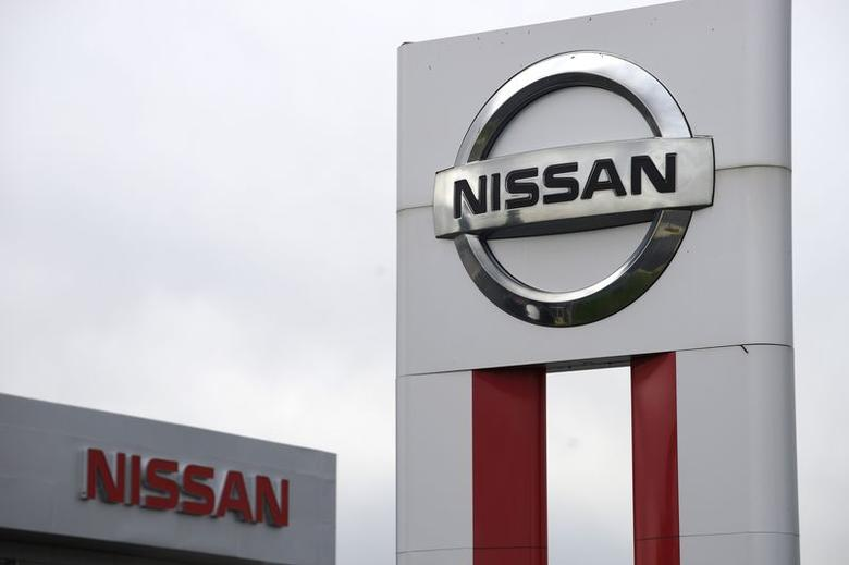 Daimler Nissan To Cooperate On Transporter Vans Reuters Com