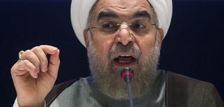 Президент Ирана Хасан Рухани на пресс-конференции в Нью-Йорке 26 сентября 2014 года.  Ядерное соглашение с Западом будет заключено к 24 ноября и не будет подлежать пересмотру, заявил в понедельник президент Ирана Хасан Рухани. REUTERS/Adrees Latif