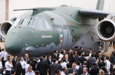 Embraer mostra seu novo cargueiro KC-390 em Gavião Peixoto, São Paulo. 21/10/2014. REUTERS/Paulo Whitaker