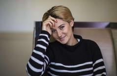 "Actress Shailene Woodley poses for a portrait while promoting the upcoming movie ""White Bird in a Blizzard"" in Los Angeles, California October 20, 2014. REUTERS/Mario Anzuoni"