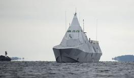 """The Swedish corvette HMS Visby is seen in the search for suspected """"foreign underwater activity"""" at Mysingen Bay, Stockholm October 21, 2014. Sweden's military is working on two new observations that could be evidence of suspected """"foreign underwater activity"""" near the country's capital, a senior naval officer said on Tuesday. Swedish forces have been scouring the sea off Stockholm since Friday, after what the military called three credible reports of activity by foreign submarines or divers using an underwater vehicle. REUTERS/Fredrik Sandberg/TT News Agency (SWEDEN - Tags: MILITARY POLITICS) ATTENTION EDITORS - FOR EDITORIAL USE ONLY. NOT FOR SALE FOR MARKETING OR ADVERTISING CAMPAIGNS. THIS IMAGE HAS BEEN SUPPLIED BY A THIRD PARTY. IT IS DISTRIBUTED, EXACTLY AS RECEIVED BY REUTERS, AS A SERVICE TO CLIENTS. SWEDEN OUT. NO COMMERCIAL OR EDITORIAL SALES IN SWEDEN. NO COMMERCIAL SALES"""