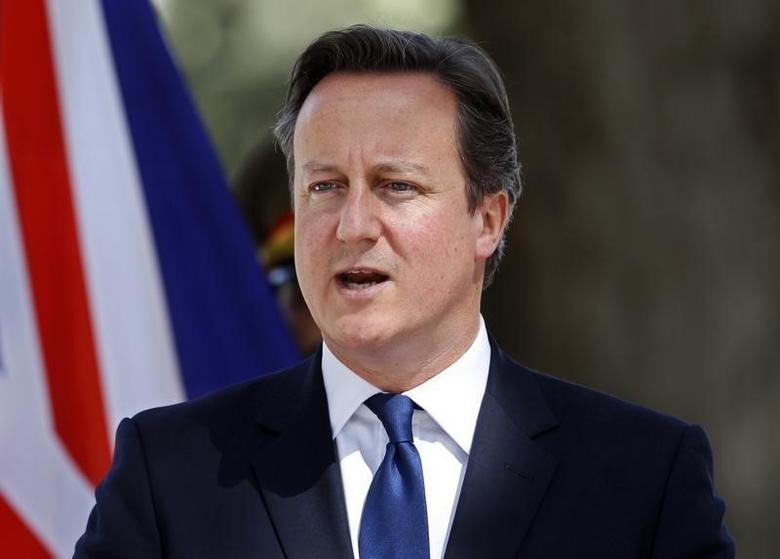 British Prime Minister David Cameron speaks during a news conference in Kabul October 3, 2014.  REUTERS/Omar Sobhani