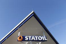 A Statoil sign is pictured at gas station near Saulkrasti October 29, 2014.  REUTERS/Ints Kalnins