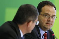 Nelson Barbosa, futuro ministro do Planejamento, durante entrevista coletiva em Brasília em 27 de novembro de 2014. REUTERS/Ueslei Marcelino (BRAZIL - Tags: POLITICS BUSINESS)