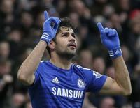 Diego Costa comemora gol do Chelsea sobre o West Ham United. 26/12/2014.        REUTERS/Stefan Wermuth