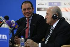 FIFA President Sepp Blatter and Jordan's Prince Ali Bin Al Hussein (L), FIFA's vice president Asia, chairman of the Jordan Football Association, hold a joint news conference in Amman May 26, 2014. REUTERS/Muhammad Hamed
