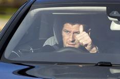 Capitão do Liverpool, Steven Gerrard, deixa centro de treinamento do clube. 02/01/2015 REUTERS/Andrew Yates