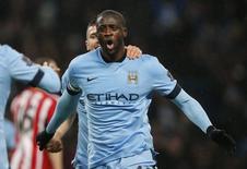 Yaya Toure, do Manchester City, comemora gol marcado contra o Sunderland pelo Campeonato Inglês. 01/01/2015 REUTERS/Andrew Yates