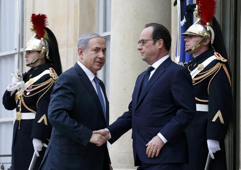 Netanyahu holds out Israeli haven for French Jews