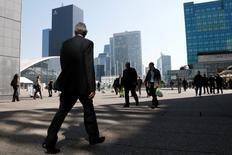 Le climat des affaires est resté stable en France au mois de janvier pour le deuxième mois consécutif. L'indicateur global, calculé à partir des réponses des chefs d'entreprise des principaux secteurs d'activité, est ressorti à 94 comme en décembre et en novembre. /Photo d'archives/REUTERS/Gonzalo Fuentes