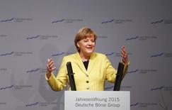 La canciller alemana Angela Merkel realiza un discurso durante un evento realizado en Eschborn. Imagen de archivo, 19 enero, 2015.  La canciller alemana, Angela Merkel, envió el martes un telegrama de felicitación al nuevo primer ministro de Grecia, Alexis Tsipras, deseándole fortaleza y éxito en un difícil cargo tras su victoria electoral del pasado domingo. REUTERS/Kai Pfaffenbach