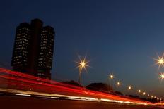 Imagem noturna da sede do Banco Central, em Brasília  22/09/ 2011.  REUTERS/Ueslei Marcelino