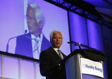 Husky Energy's President and CEO Asim Ghosh addresses shareholders during the company's annual general meeting in Calgary, Alberta, May 7, 2014. REUTERS/Todd Korol